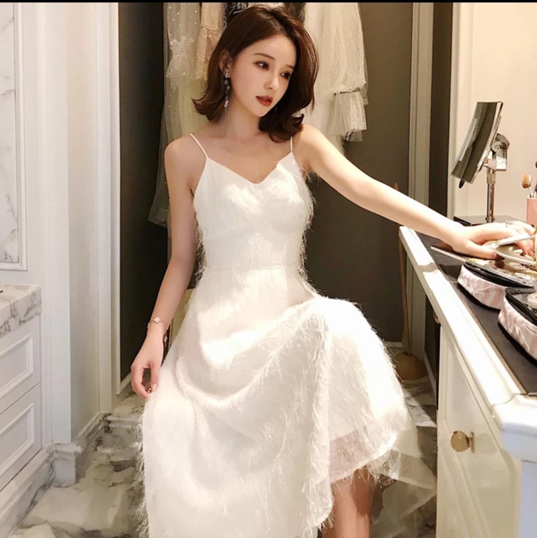 白色超仙女吊带裙子sukol少女长裙温柔性感度假沙滩裙连衣裙女-衣佐衣依-