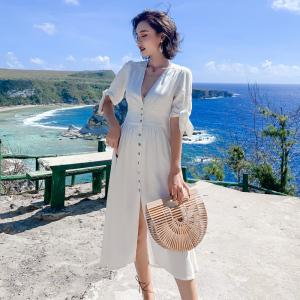 FS99986# 巴厘岛法式复古气质V领棉麻度假风收腰连衣裙女中长款