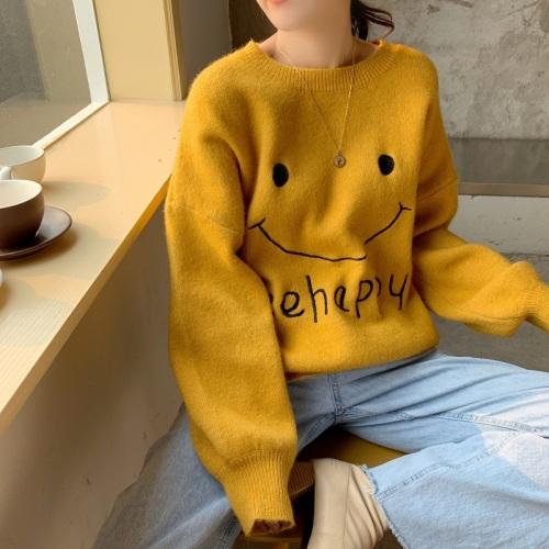 实拍2019秋冬新款韩版软妹可爱甜美笑脸针织长袖套头毛衣女潮