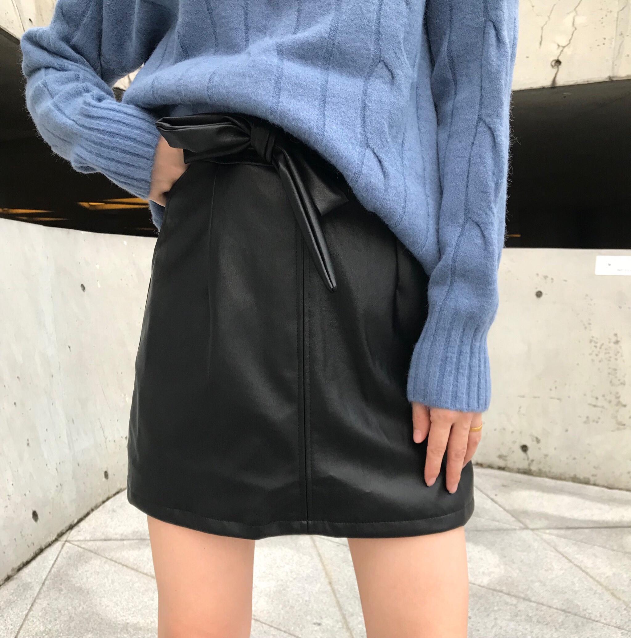 2019秋冬新款气质纯色直筒显腿长减龄包臀洋气半身裙女潮-Q.R.M-