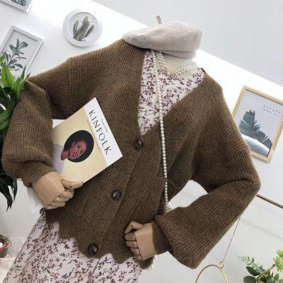 林珊珊 9/24 10:00AM 温暖在线营业!秋冬必入牦牛肉花边针织外套