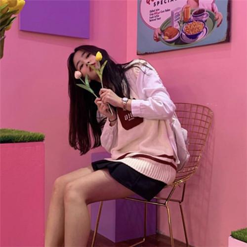 韩国 INS 秋季新V领针织马夹短款明星同款潮-Lucky-