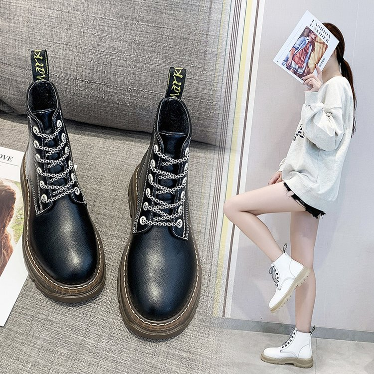 2019秋冬季牛筋底韩版系带皮料短靴-Catwalk shoes-