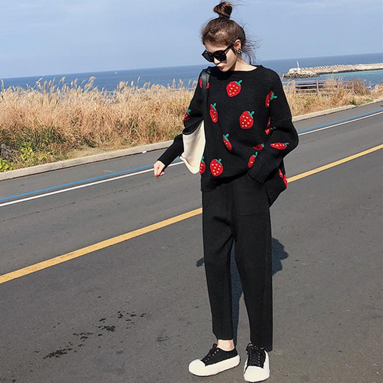法式温柔风小众提花草莓宽松毛衣两件套女秋冬新款针织哈伦裤套装-卡嫚妮服饰-