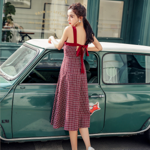 YF27162# 新款复古吊带连衣裙红色格子背带裙中长裙 女装批发服装货源