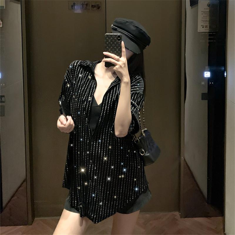 现货实拍实价丝绒印花设计感衬衣新款复古港味长袖宽松中长款上衣-希希小姐-