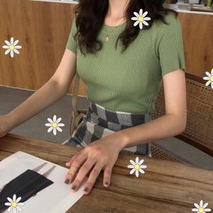 学生绿色圆领打底衫百搭修身t恤女夏短袖针织衫上衣