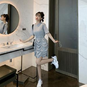 风褶皱花苞连衣裙显瘦法式小众套头慵懒风短袖裙子