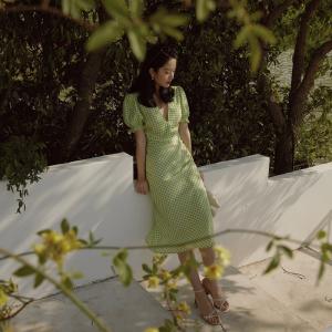 FS87772# 同款法式复古绿色格子泡泡袖连衣裙深v领修身低胸长裙 服装批发女装直播货源