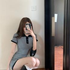 广州批发实拍实价 新款polo领减龄格子性感气质针织连衣裙女