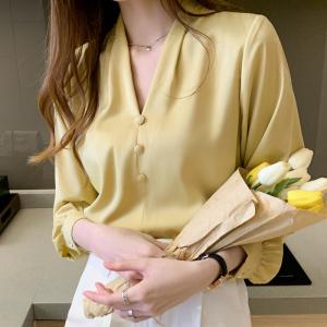 YF46875# 春款V领订珠小众设计感洋气韩版轻熟女气质长袖上衣