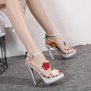 X-24224# 花仙子风新款气质白搭13CM高跟鞋手工订花高跟凉鞋美不胜收 女鞋批发鞋子批发
