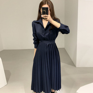 YF21229# chic 百褶长袖翻领显瘦连衣裙