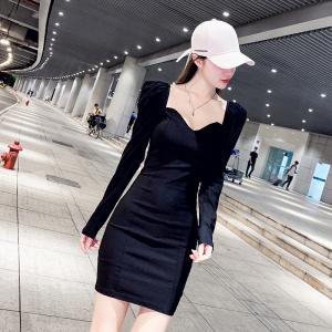 YF65872# 赫本风小黑裙女秋装性感V领紧身包臀裙连衣裙 服装批发女装直播货源