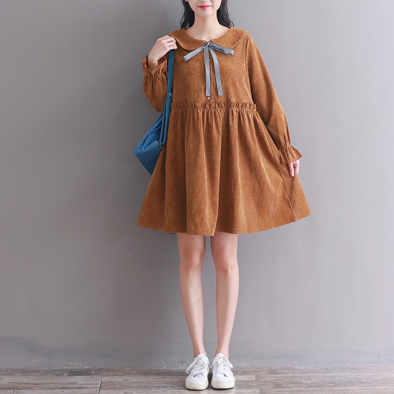实拍2020秋季新款纯色灯心绒娃娃领学院风小清新中长款连衣裙-达丽人服饰-