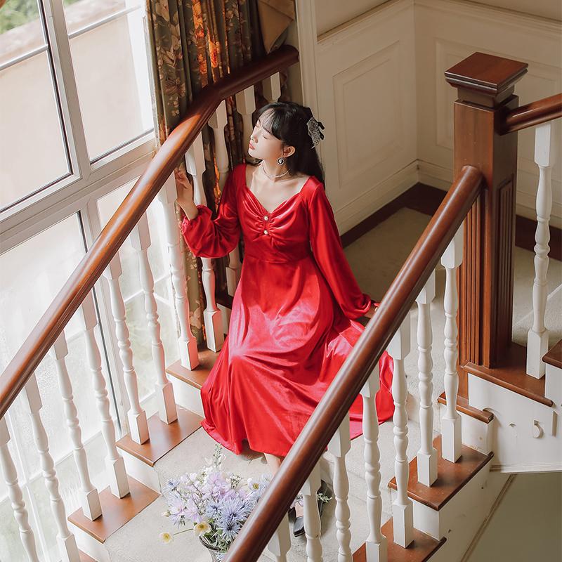 赫本小红裙复古法式丝绒连衣裙喜庆红色连衣裙售价 不低于115-芷昕实拍店-