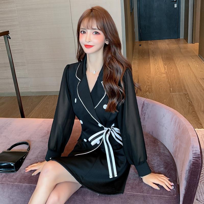 2020秋冬长袖连衣裙黑色赫本风小黑裙系带显瘦连衣裙-珍莉雅-