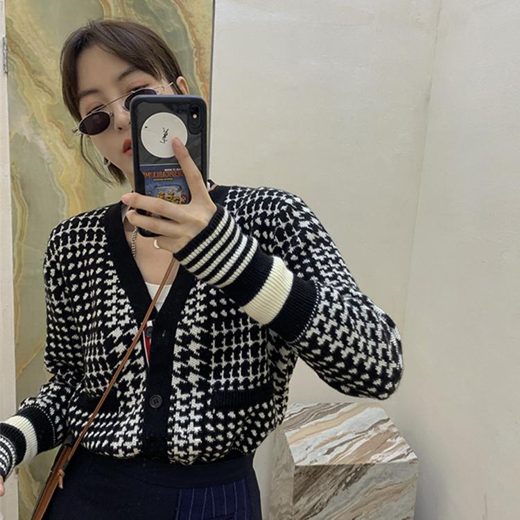 13C 2020年新款春秋季长袖修身外套韩版条纹千鸟格针织开衫女-卡嫚妮服饰-