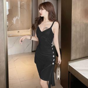 YF11579# 金丝绒性感吊带气质钻扣修身小黑裙收腰连衣裙 服装批发女装直播货源