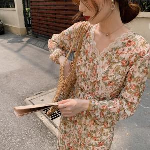 YF20762# 干枯的玫瑰新款油墨感花边拼接中长款长袖连衣裙 女装批发服饰直播货源