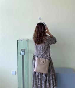 YF24582# 小众设计包包女新款潮高级感复古单肩包百搭斜挎包网红水桶包 包包批发女包货源