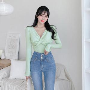 YF25250# 早秋新款韩版修身V领扭结性感长袖打底上衣 女装批发服装货源