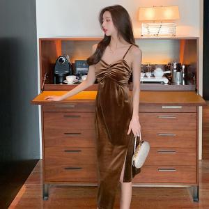 YF27164# 复古新款丝绒不规则收腰显瘦开叉吊带裙中长款打底连衣裙 女装批发服装货源