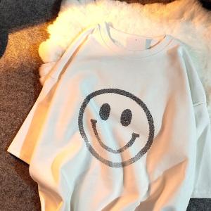 YF29818# 纯棉春夏新款宽松重工烫钻笑脸图案短袖T恤女 女装批发服装货源