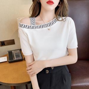 YF52762# 新款T恤夏季露肩设计感修身洋气减龄上衣百搭少女 服装批发女装直播货源