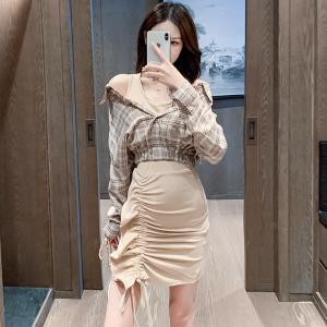 YF38483# 设计感拼色格纹假两件衬衣+高腰褶皱木耳边包臀短裙轻熟两件套装 服装批发女装直播货源
