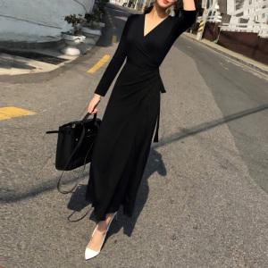 YF61304#  春装长款连衣裙气质显瘦v领一片式性感长裙女人味名媛高端