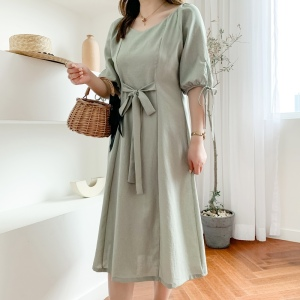 YF39800# 大码女装新款胖MM修身显瘦圆领系带灯笼袖连衣裙 女装批发服装直播货源