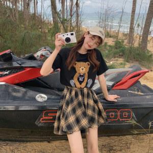 YF56826# 大码女装夏季新款韩版小熊T恤+绑带格子裙子两件套装 服装批发女装直播货源