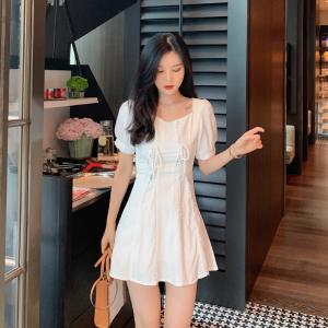 YF46865# 夏季新款法式设计感方领连衣裙气质显瘦短袖a字裙 服装批发女装直播货源