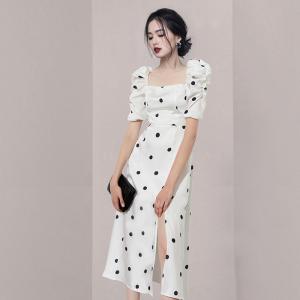 YF55231# 新款复古波点泡泡袖方领收腰显瘦气质法式连衣裙 服装批发女装直播货源