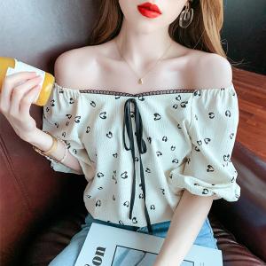 YF52770# 雪纺衫女夏季新款设计感短袖甜美碎花法式锁骨方领上衣 服装批发女装直播货源