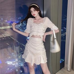 YF49705# 夏季新款立体花纹面料短款上衣+荷叶边半身裙套装裙 服装批发女装直播货源