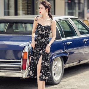 YF48406# ~印花吊带裙子夏季新款设计感小众性感显瘦气质连衣裙 服装批发女装直播货源