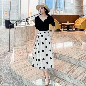 YF63176# 鹿向南短袖针织衫薄款韩风女装设计感小众夏季短款上衣黑色 服装批发女装直播货源