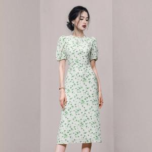 YF55234# 新款法式复古气质泡泡袖碎花显瘦鱼尾连衣裙 服装批发女装直播货源