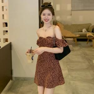 YF61869# 甜系辣妹裙玫瑰粉豹纹宫廷风泡泡袖高腰法式连衣裙短裙