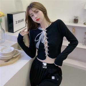 YF61963# 不规则上衣女夏短款防晒百搭设计感新款长袖T恤 服装批发女装直播货源