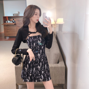 YF65862# 套装裙子新款减龄洋气连衣裙女外搭披肩长袖两件套潮 服装批发女装直播货源