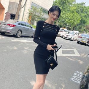 YF66825# 韩模早秋季性感镂空蕾丝黑色显瘦包臀百搭针织短连衣裙女