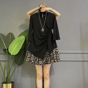 YF71305# 大码女装胖mm早秋新款上衣百搭显瘦下摆不规则长袖t恤打底衫短裙