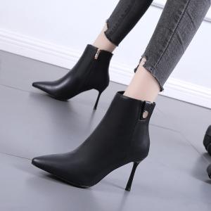 X-26298# 单靴短筒女靴子新款米白色尖头细跟秋天高跟鞋时装靴马丁短靴 鞋子批发女鞋直播货源