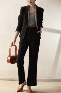 YF70527# 秋冬新款比别人多一份气质细腻挺括醋酸料西装外套 服装批发女装直播货源