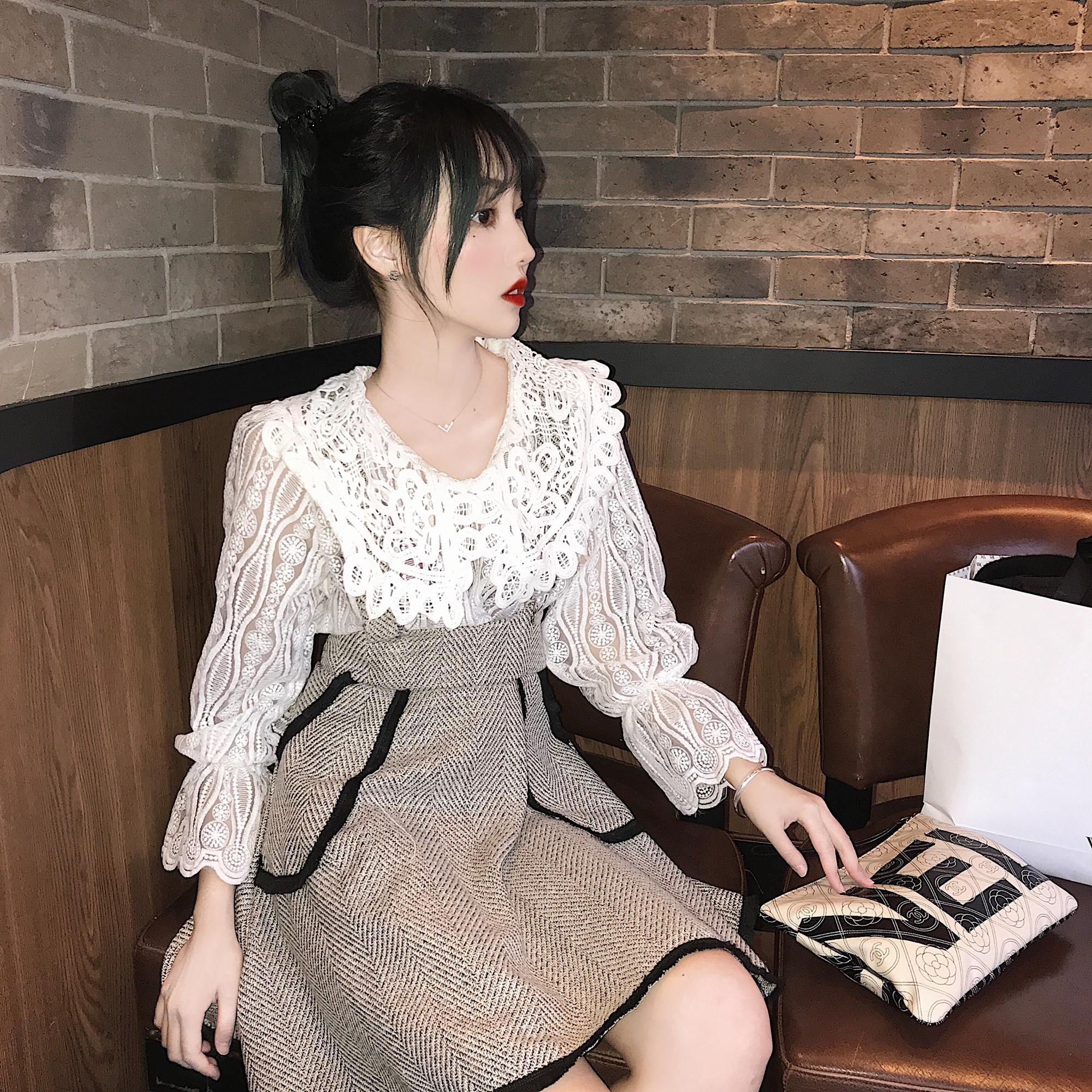 實拍 秋冬鏤空長袖蕾絲衫+粗花毛呢背帶半身裙套裝兩件套