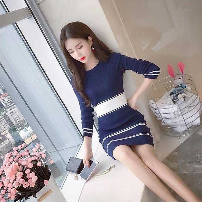 长袖针织连衣裙修身显瘦裙子秋装新款2018冬?#25964;?#24213;裙中长款包臀裙