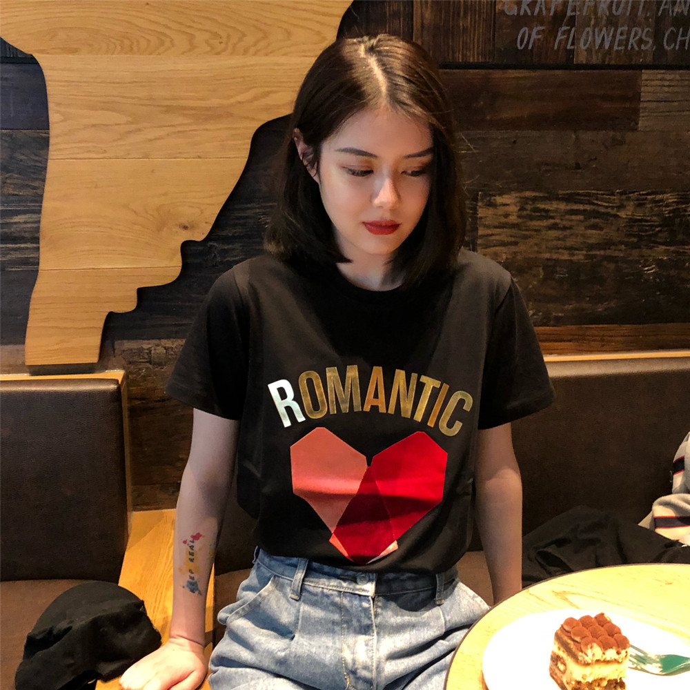 不低于售价35 实拍实价 韩版烫金字母宽松贴布爱心短袖t袖女